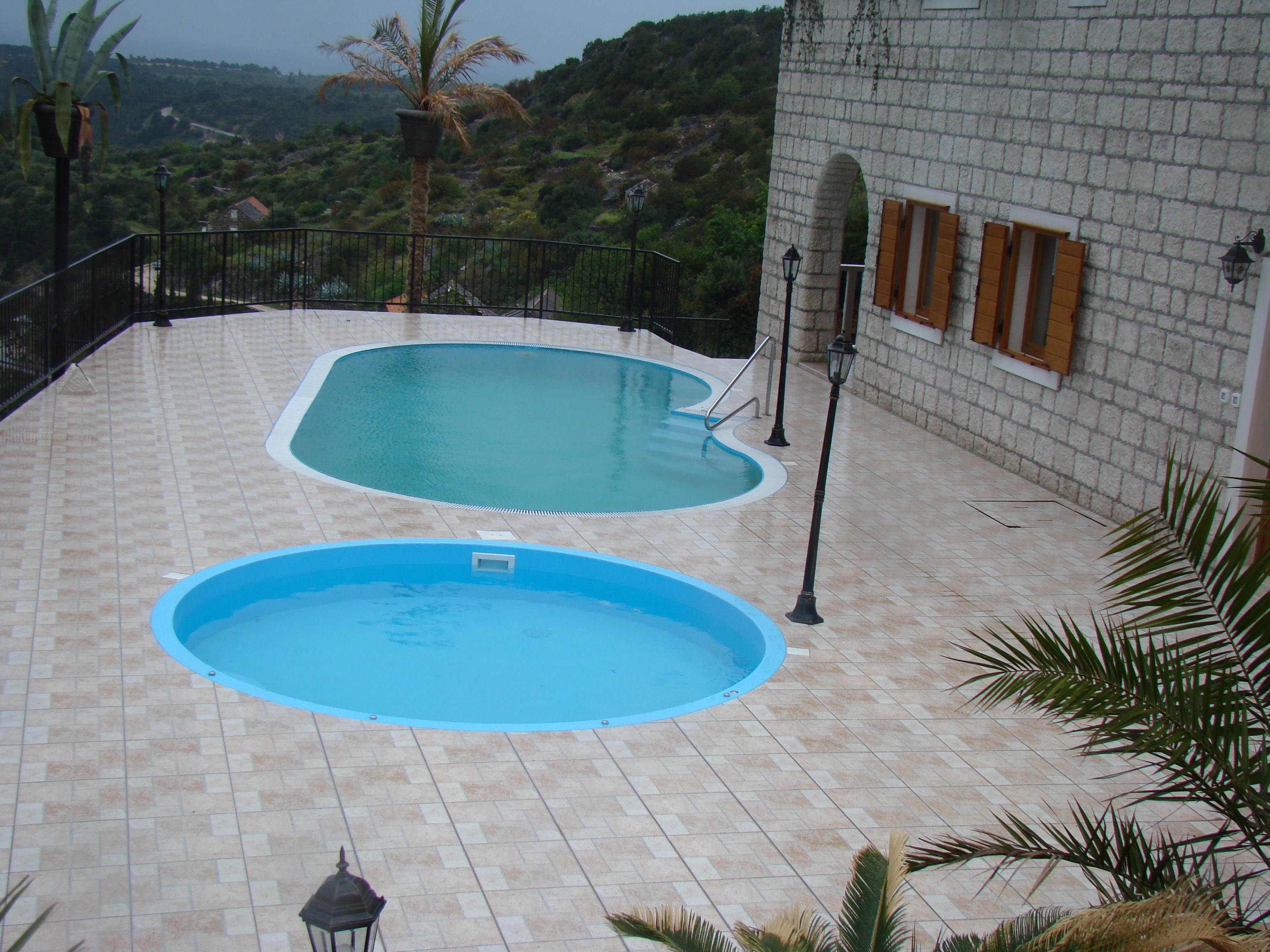 Schwimmbecken dvs 2205 for Billige schwimmbecken